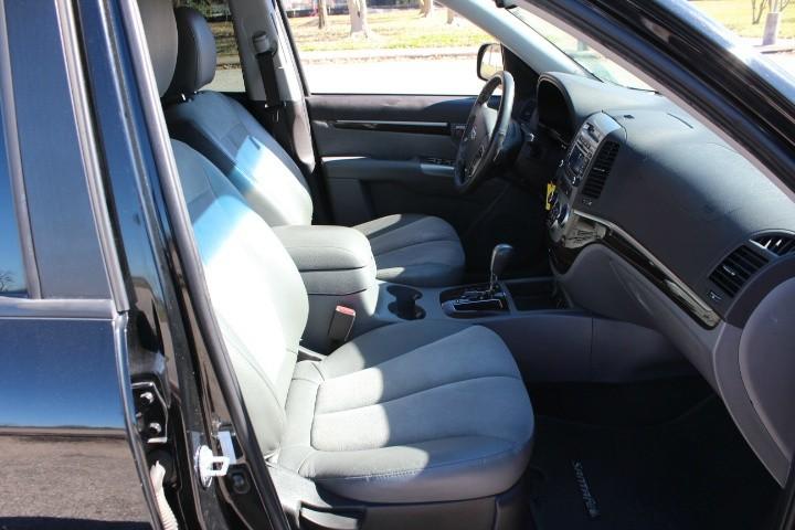 Hyundai Santa Fe 2011 price $4,990