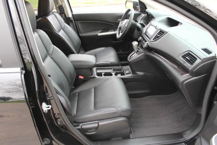 Honda CR-V 2016 price $21,000