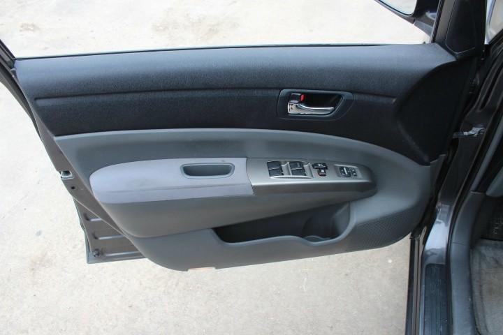 Toyota Prius 2007 price $3,900