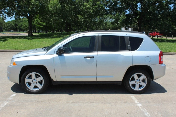 Jeep Compass 2007 price $3,990