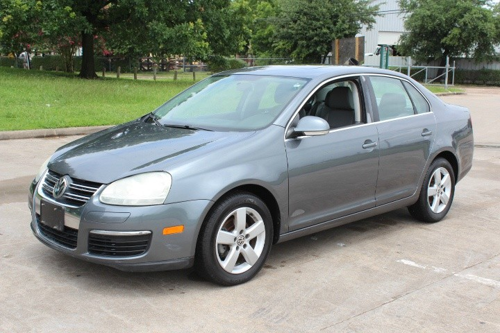 Volkswagen Jetta Sedan 2009 price $4,500