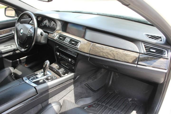 BMW 7-Series 2011 price $16,000