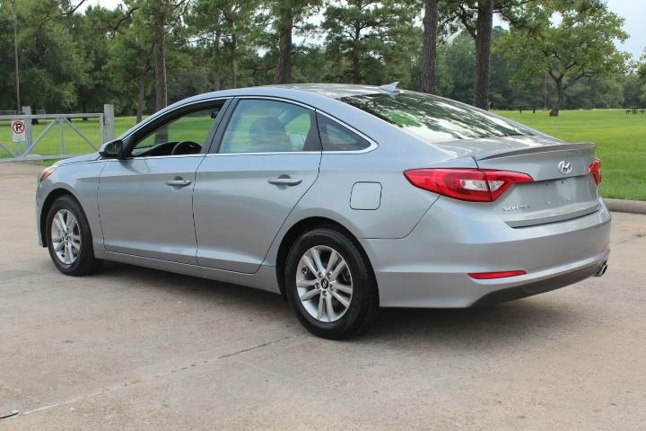 Hyundai Sonata 2017 price $9,000