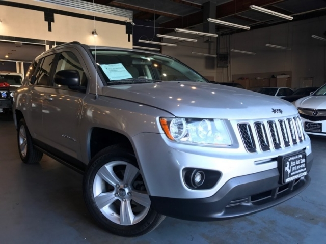 2012 Jeep Compass 4WD Sport