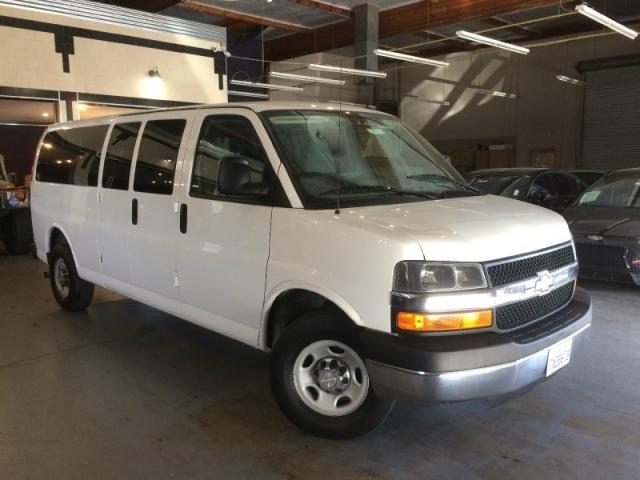 2015 Chevrolet Express 3500 Passenger LT Ext.