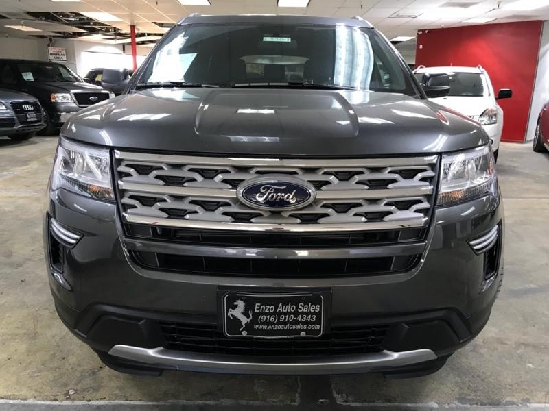 Ford Explorer XLT 2018 price $27,900