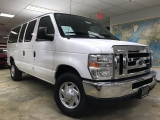 Ford E-350 Super Duty XLT Passenger 2010