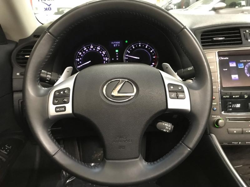 Lexus IS 250C 2015 price $28,500
