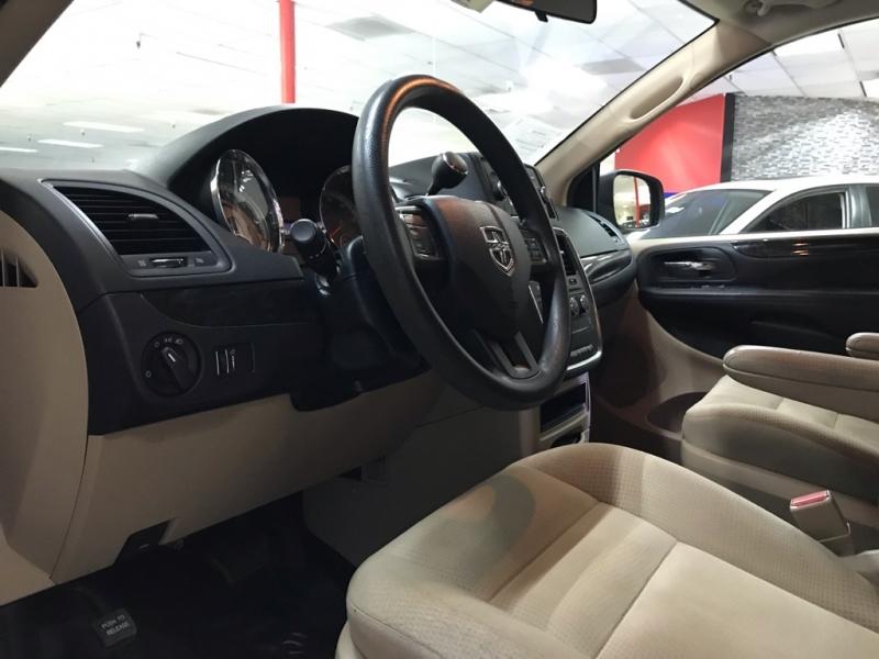 Dodge Grand Caravan AVP 2016 price $12,900