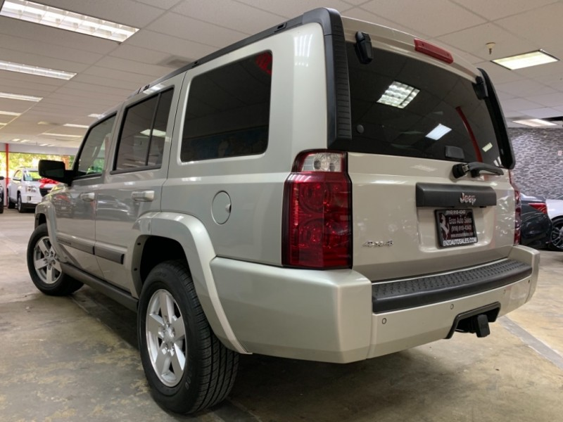 Jeep Commander Sport 4WD 2007 price $5,500