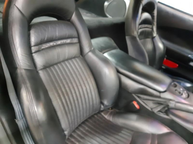 Chevrolet Corvette 2000 price $8,000