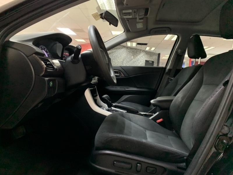 Honda Accord EX 2016 price $17,700