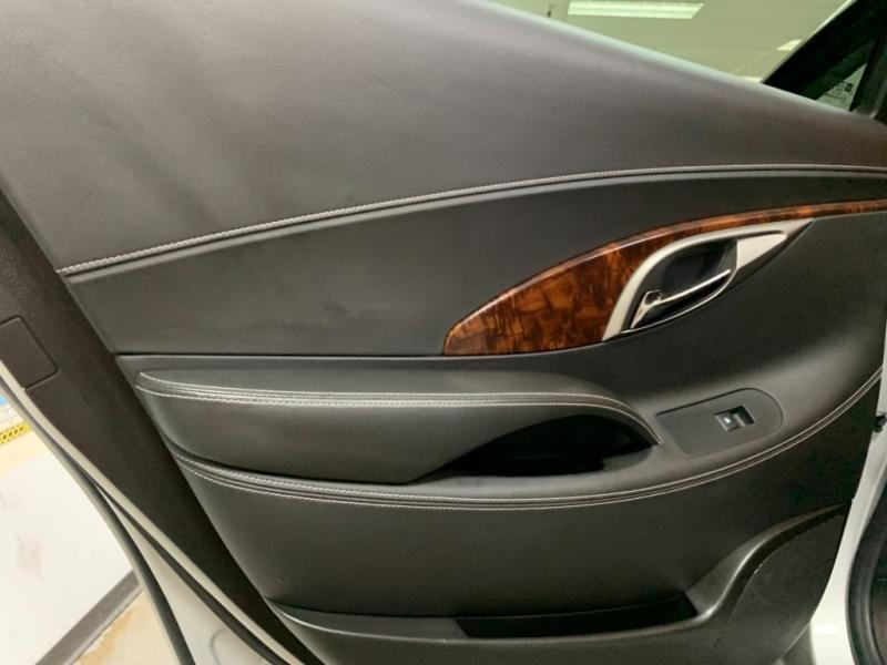 Buick LaCrosse Premium 2012 price $8,900