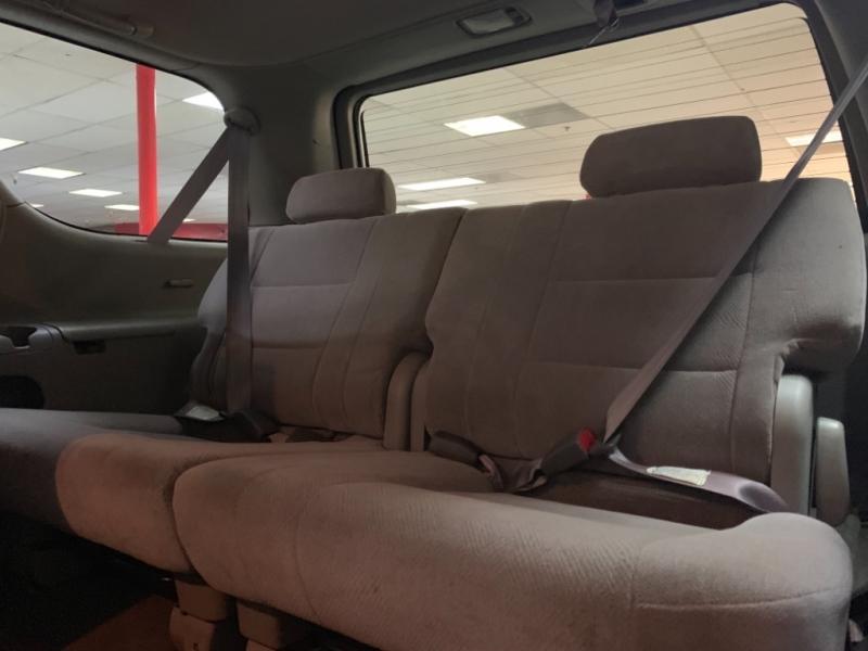 Toyota Sequoia SR5 2002 price $4,500