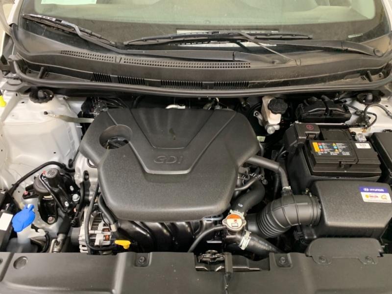 Hyundai Accent SE 2017 price $10,000