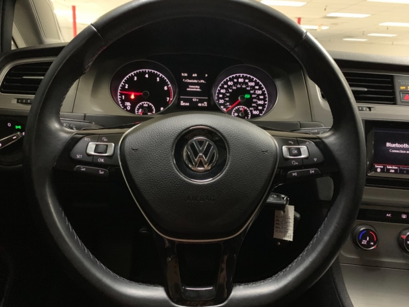 Volkswagen Golf S TSI 2015 price $10,900