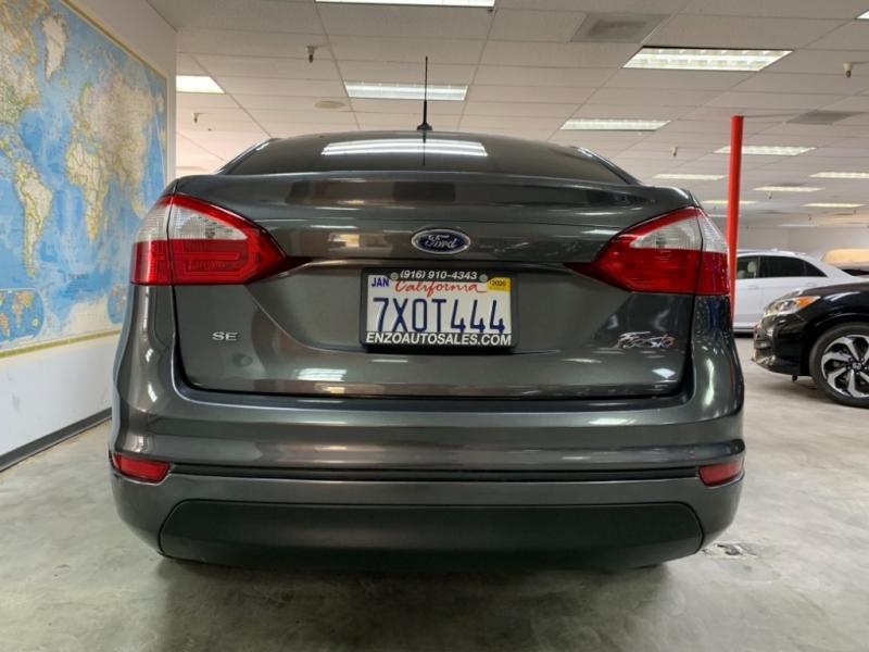 Ford Fiesta SE 2016 price $8,500