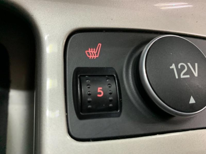 Ford C-Max Energi SEL 2016 price $14,800