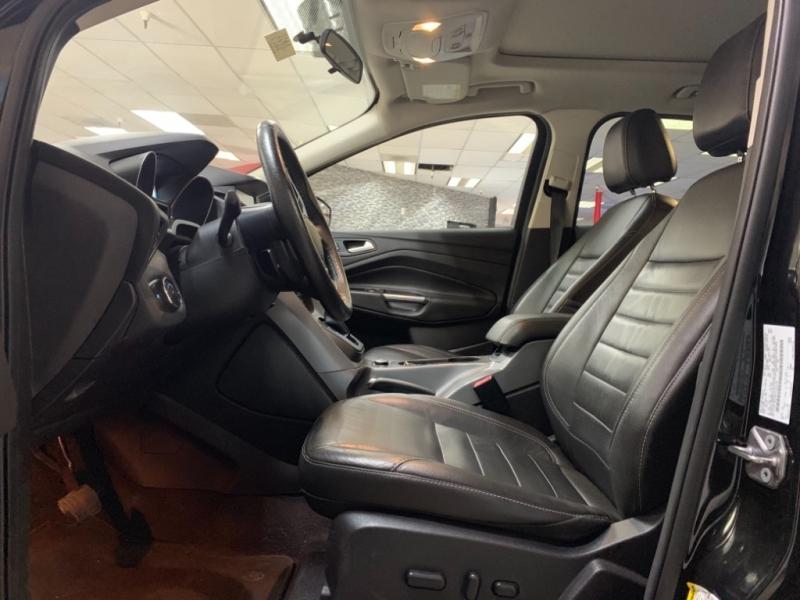 Ford Escape SE 4WD 2015 price $13,000