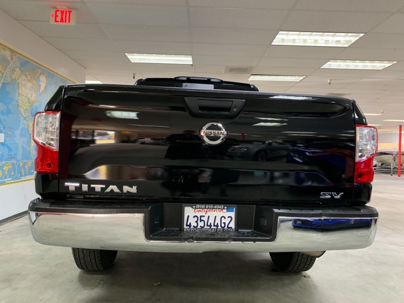 Nissan Titan Crew Cab SV 2017 price $20,800