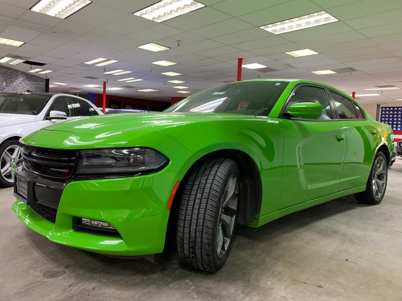Dodge Charger SXT 2017 price $19,800