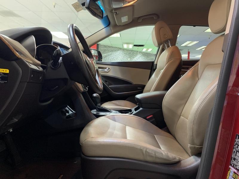 Hyundai Santa Fe SE 2016 price $14,800