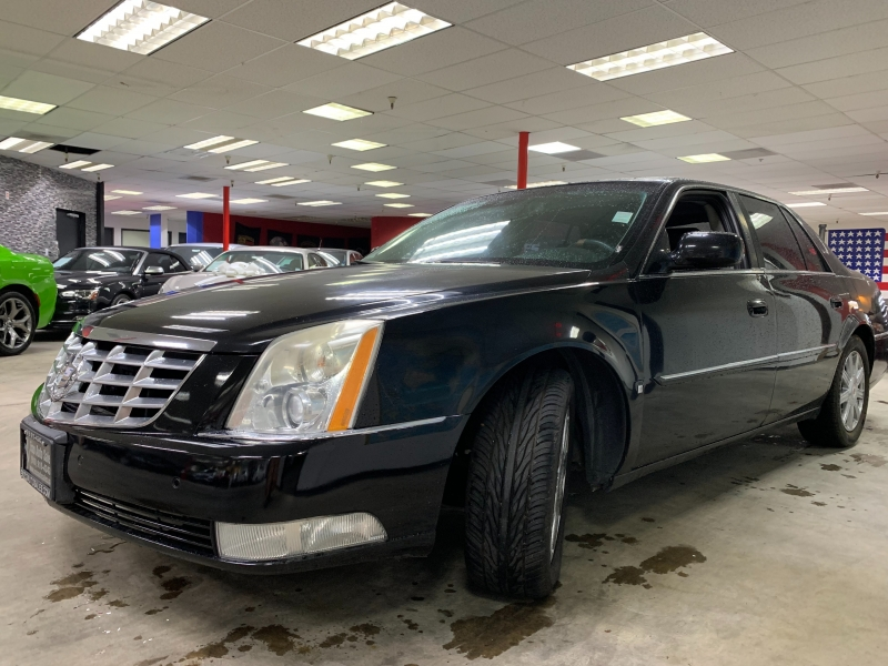 Cadillac DTS 2008 price $4,500