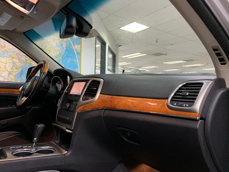 Jeep Grand Cherokee Overland 2011 price $11,900