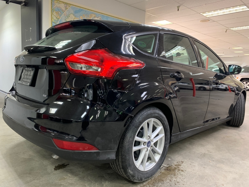 Ford Focus SE 2016 price $11,500