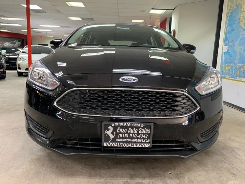 Ford Focus SE 2016 price $11,700