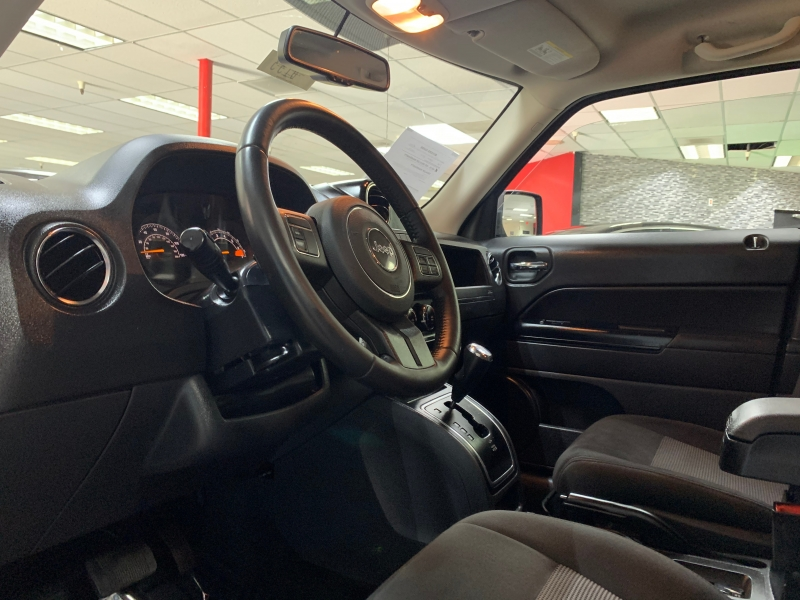 Jeep Patriot Latitude 4WD 2017 price $13,000