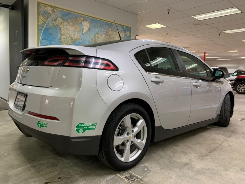 Chevrolet Volt 2013 price $11,000