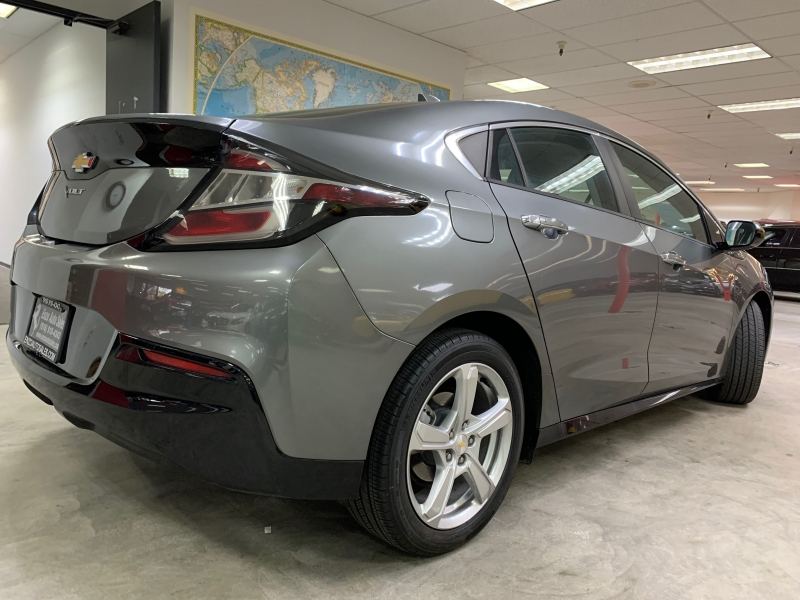 Chevrolet Volt LT 2017 price $16,900