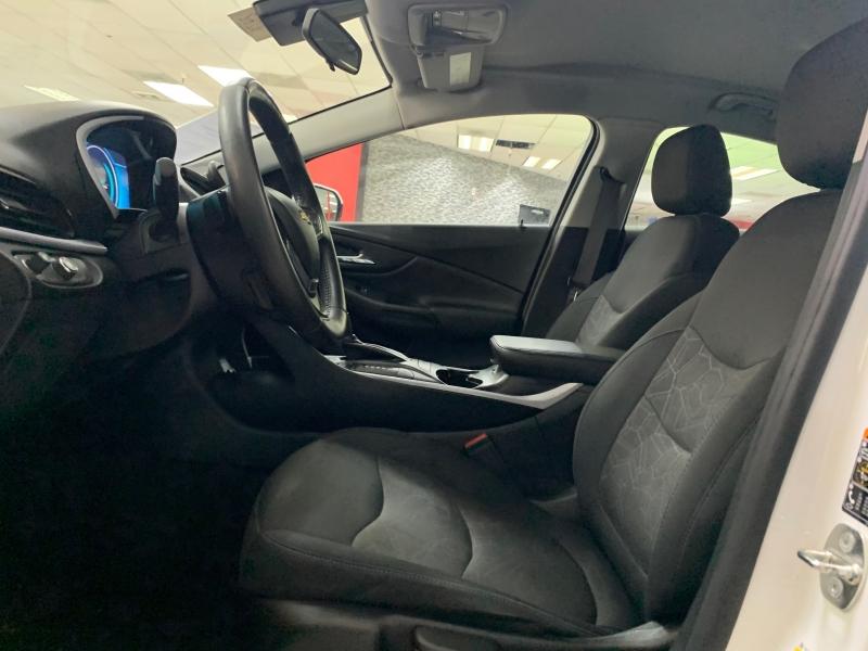 Chevrolet Volt LT 2017 price $15,500