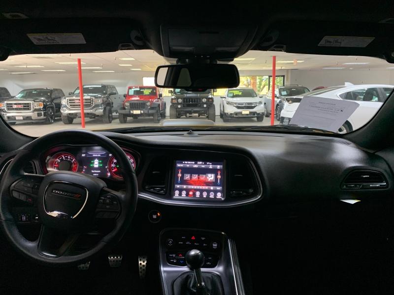Dodge Challenger R/T Shaker 2017 price $26,800