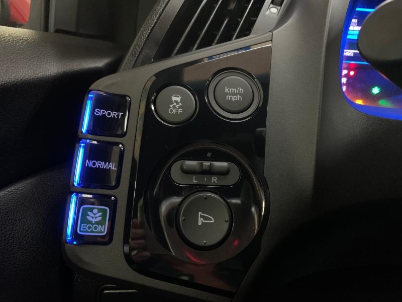 Honda CR-Z LX HYBRID 2016 price $10,500