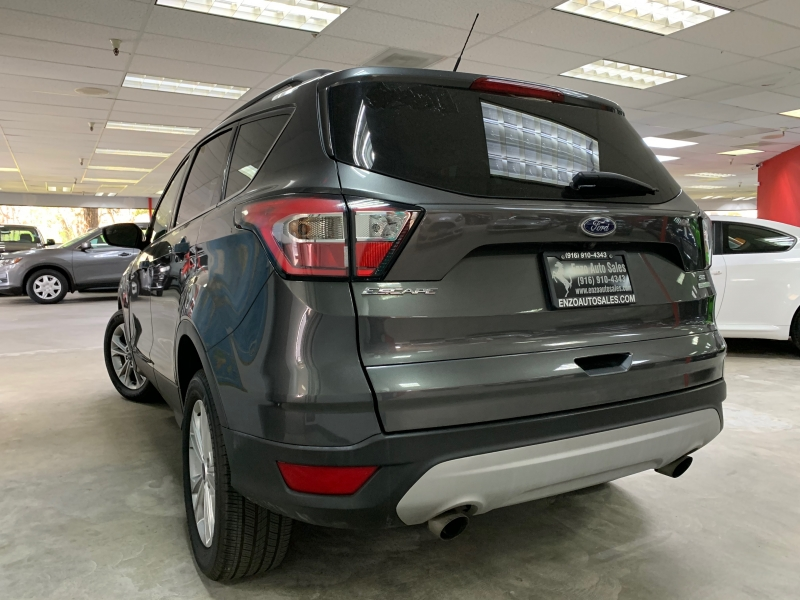 Ford Escape SE 2018 price $15,000