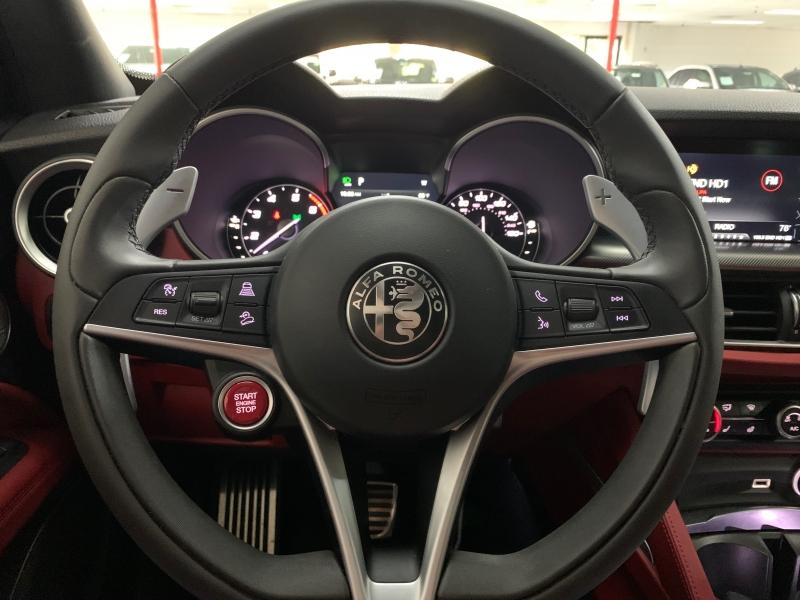 Alfa Romeo Stelvio Ti AWD 2018 price $32,800