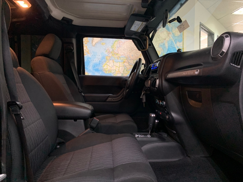 Jeep Wrangler Unlimited Sport 4WD 2012 price $23,800