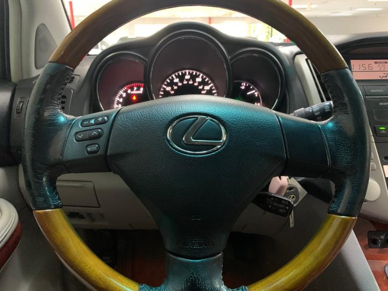Lexus RX 330 AWD 2004 price $5,000