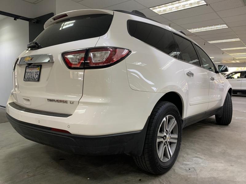 Chevrolet Traverse LT AWD 2015 price $14,000