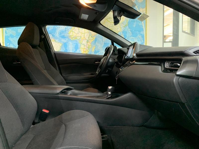 Toyota C-HR XLE 2018 price $16,900