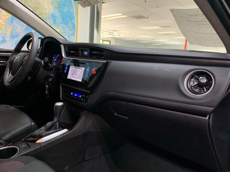 Toyota Corolla LE 2019 price $13,900