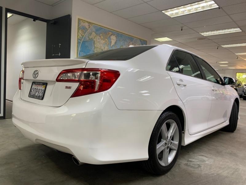 Toyota Camry SE 2012 price $9,500