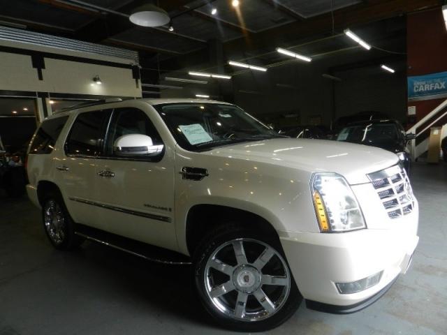 2009 Cadillac Escalade AWD Luxury