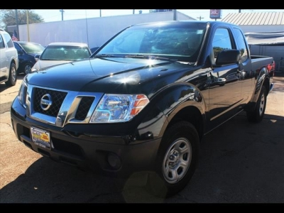 Nissan Frontier S  King Cab 2013
