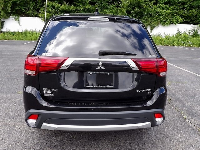 Mitsubishi Outlander 2018 price $16,176