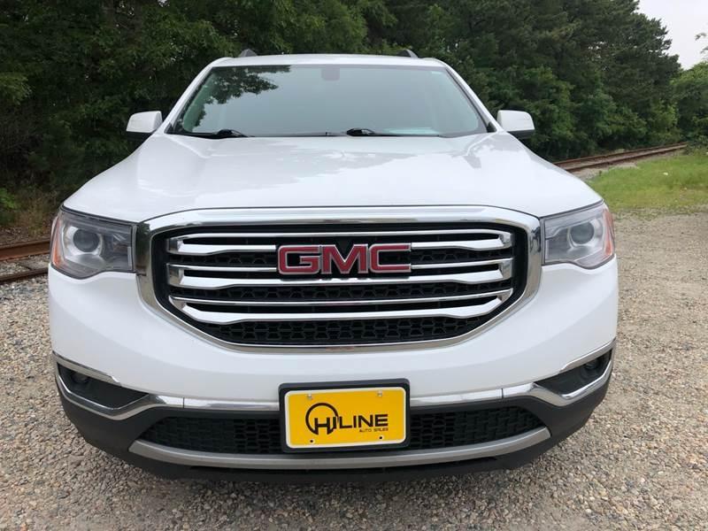 GMC Acadia 2017 price $18,995