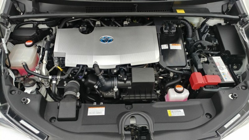Toyota Prius 2016 price $15,650