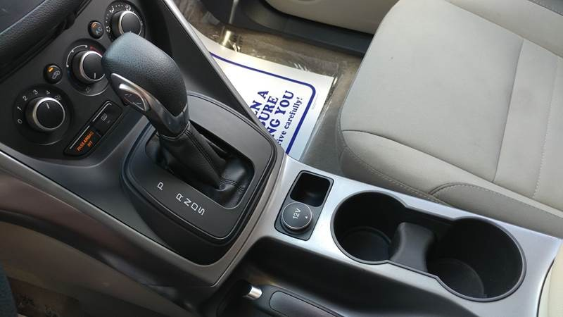 Ford Escape 2016 price $11,750